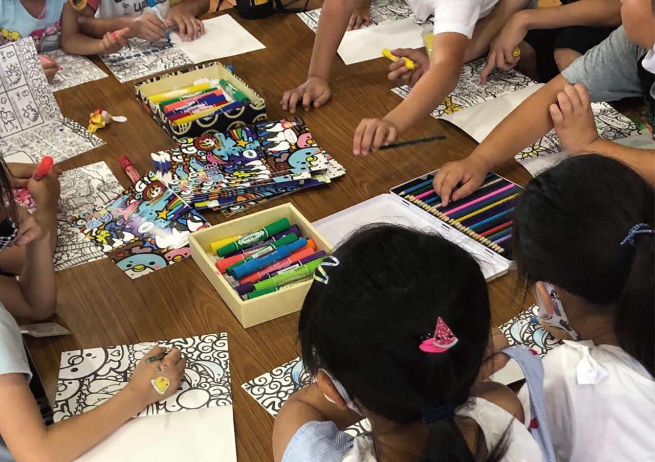 市内放課後子供教室にオリジナルぬり絵を寄贈